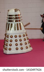 London, Great Britain, 5/26/19, Cosplayer Dalek aus Doctor Who attend MCM Comic Con London 2019, ExCeL London
