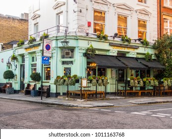 London, January, 2018. A front external view of the builders Arms pub on Kensington Court Place, in Kensington.