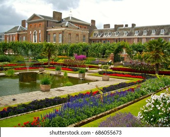 LONDON - JULY 28: Kensington Gardens is one of London's eight Royal Parks and covers an area of 265 acres, in London, UK, July 28, 2017