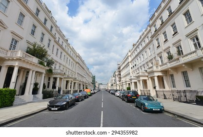 LONDON - JUN 16: View of an empty street in the borough of Westminster on Jun 16, 2015 in London, UK. Westminster covers 8 sq miles in central London.