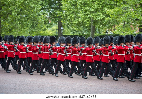 London June 13 2015 Royal Guards Stock Photo (Edit Now