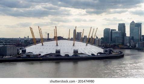 LONDON - JUNE 25 : View of the O2 building in London on June 25, 2014