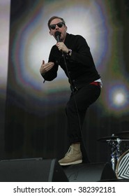 LONDON - JUNE 26, 2015: Kaiser Chiefs Ricky Wilson on stage at the British Summer Time concert, Hyde Park on Jun 26, 2015 in London