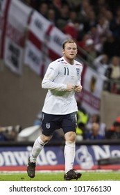 LONDON - MAY 28:  Wayne Rooney of England in action during an international soccer friendly on May 28, 2008 in London, England.
