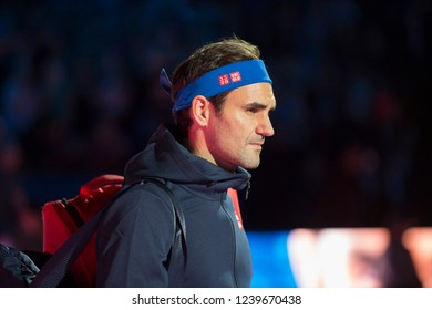 London, North Greenwich / England, 11/13/2018: Nitto ATP Finals 2018 at the O2 Arena. Roger Federer (SUI) arriving on centre court to play Thiem, Day 3 of the tennis finals.