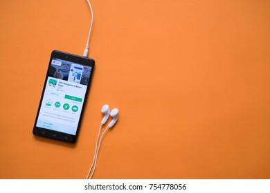 Imágenes, fotos de stock y vectores sobre Wifi Naranja | Shutterstock