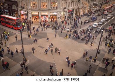 LONDON- NOVEMBER, 2017: Busy shopping scene at London's Oxford Circus.