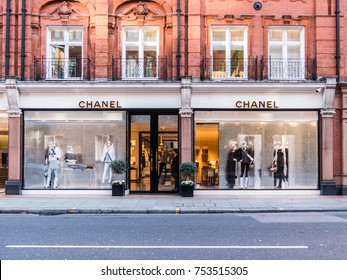 London, November 2017.  A front exterior view of the Chanel store on Sloane street.