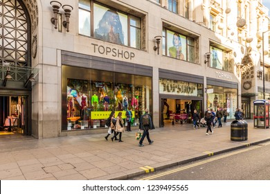 London. November 2018. A view of the Topshop store on Oxford Circus in London
