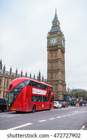 LONDON - NOVEMBER 8: view of Red bus, Big Ben and the Palace of Westminster, icons of England, capital of UK, Europe. November 8, 2015 in London, UK
