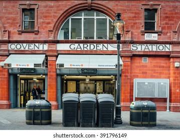 LONDON October 2013 -  Covent Garden Station