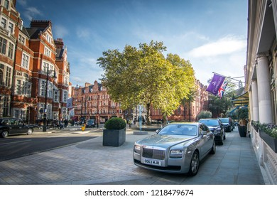 LONDON- OCTOBER, 2018: Mayfair street scene, an upmarket and area of Westminster with many luxury stores,  restaurants and hotels