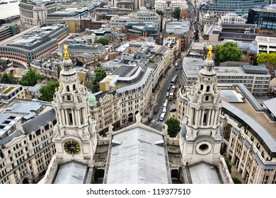 London - Panoramic view from Saint Paul Cathedral