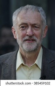 LONDON - SEP 10, 2015: Jeremy Corbyn Labour Party speaks to supporters at the Rock Tower on Sep 10, 2015 in London