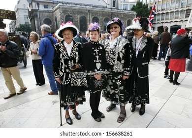 Pearly Kings And Queens Images, Stock Photos & Vectors ...