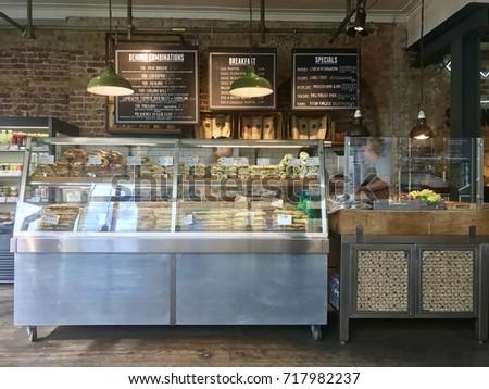 London September 19 2017 Sandwich Bar Stock Photo Edit Now