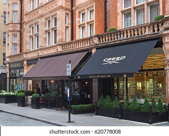 LONDON - SEPTEMBER, 2016:  The Mayfair district of London is noted for its elegant architecture and fashionable and expensive shops and restaurants.