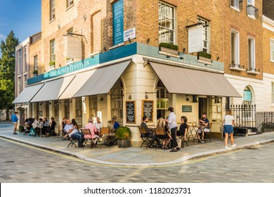 London. September 2018. A view of the Alfred tennyson pub in Belgravia in London