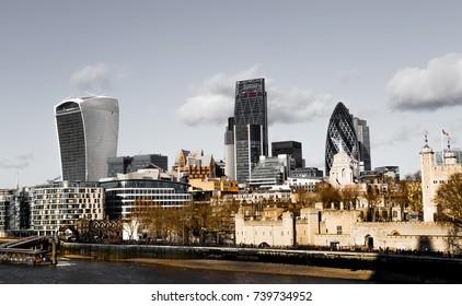 London skyline panorama.
