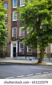 London Street in Bloom
