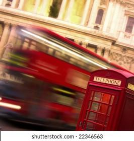 London telephoner Box and Bus