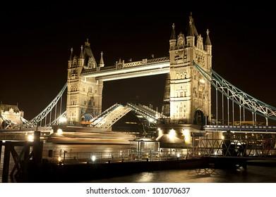 London Tower Bridge Open boat Night