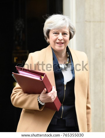 London, UK. 08 March, 2017. PM Theresa May's departure for PMQs.