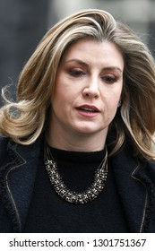 London, UK. 15 Januari, 2019. Penny Mordaunt, Secretary of State for International Development, Minister for Women and Equalities, leaves the Cabinet Meeting, 10 Downing Street.