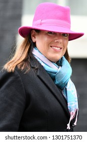 London, UK. 15 Januari, 2019. Caroline Nokes, Minister of State for Immigration, leaves the Cabinet Meeting, 10 Downing Street.