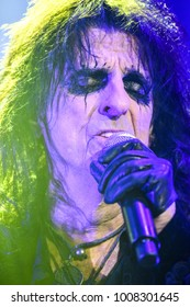 London, UK. 16 November, 2017. Alice Cooper performs at the SSE Arena.
