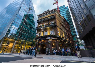 LONDON, UK; 18.04.17: The Albert pub in London city centre.The Albert is a Grade II listed pub located at 52 Victoria Street in Victoria