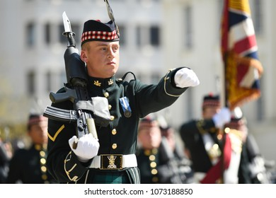 London, UK. 20 April, 2018. The Royal Regiment of Scotland prepare for Public Duties.