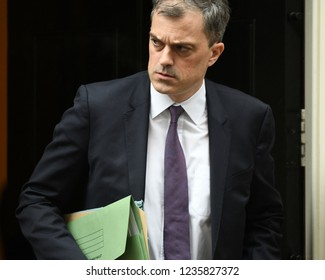London, UK. 20 November, 2018. Julian Smith MP, Parliamentary Secretary to the Treasury (Chief Whip), leaves the weekly Cabinet Meeting, 10 Downing Street.