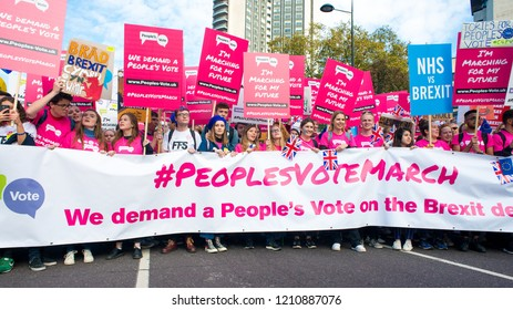 London, UK. 20th Oct 2018. EDITORIAL - Remain campaign protesters at the People's Vote March, demanding a vote on the final Brexit deal. Thousands gathered for the rally from Park Lane to Westminster.