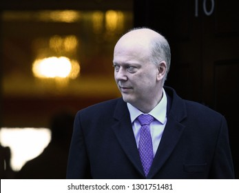 London, UK. 22 Januari, 2019. Chris Grayling, Secretary of State for Transport, leaves the Cabinet Meeting, 10 Downing Street.