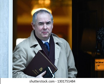 London, UK. 22 January, 2019. Geoffrey Cox QC, Attorney General, leaves the Cabinet Meeting, 10 Downing Street.