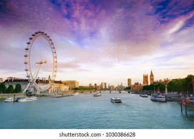 London, UK. 22nd May 2017 London sunset near eye and and Houses of Parliament