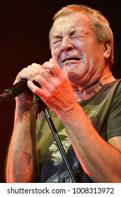London, UK. 23 November, 2017. Ian Gillan, Deep Purple, performs at the O2 Arena.