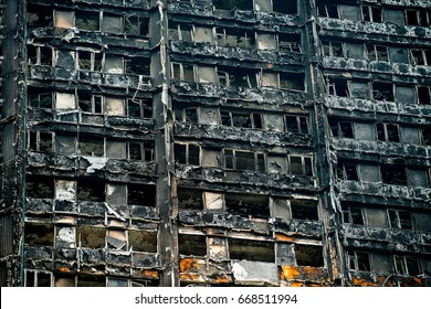 London, UK. 28th June 2017. EDITORIAL - The Grenfell Tower Fire - The burnt remains and devastation of the fierce fire, which ripped through the tower block leaving hundreds homeless and many dead.