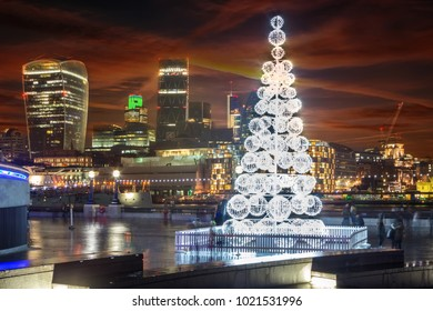 LONDON, UK - 29TH DECEMBER 2014: A view of London, City Hall and a Christmas Tree in London on 29th December 2014