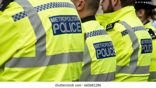 London, UK. 9th June 2017. EDITORIAL - Metropolitan Police officers on high alert in central London, after recent terrorist attacks on Westminster & London Bridges and Borough Market.