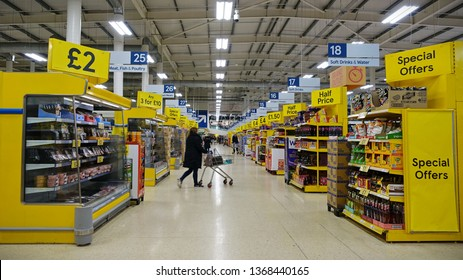Supermarket Aisle Uk Images Stock Photos Vectors Shutterstock