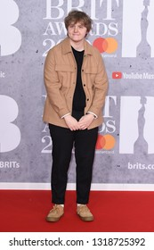 LONDON, UK. February 20, 2019: Lewis Capaldi arriving for the BRIT Awards 2019 at the O2 Arena, London.Picture: Steve Vas/Featureflash*** EDITORIAL USE ONLY ***