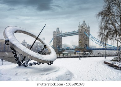 """London, UK, February 28th 2018: Frozen Tower Bridge covered in snow caused by the storm """"The Beast from the East"""""""