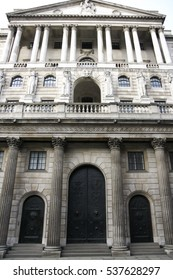 London, UK, Jan 17, 2009:imposing facade of the front of the Bank of England Threadneedle St London, The Bank of England is the central bank of the UK