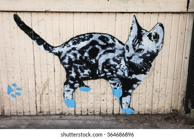 LONDON, UK - JANUARY 13TH 2016: Cat Graffiti in urban London, on 13th January 2016.