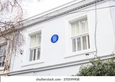 LONDON, UK - JANUARY 30, 2016: House and Commemorative plaque for George Orwell lived at this house.
