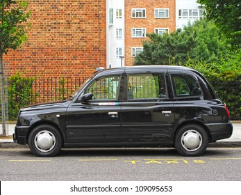 English Taxi Stock Photos, Images & Photography | Shutterstock