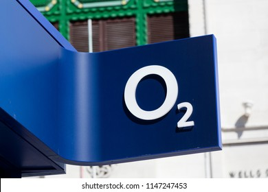 LONDON, UK - JULY 31th 2018: O2 telecoms store front on Oxford Street in central London.