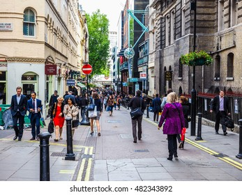 LONDON, UK - JUNE 09, 2015: Tourists in busy central London street (HDR)